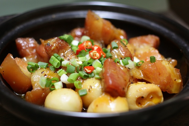 Thit-kho-trung-cut-nuoc-cam